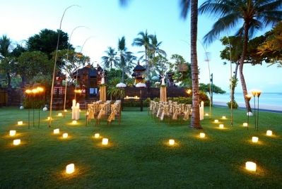 Wedding Venues Temple Garden This Delightful Setting Captures The Charm Of A Tropical Complete With Traditional Balinese As Backdrop